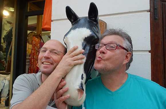 Heli und Elmar mit Pferd